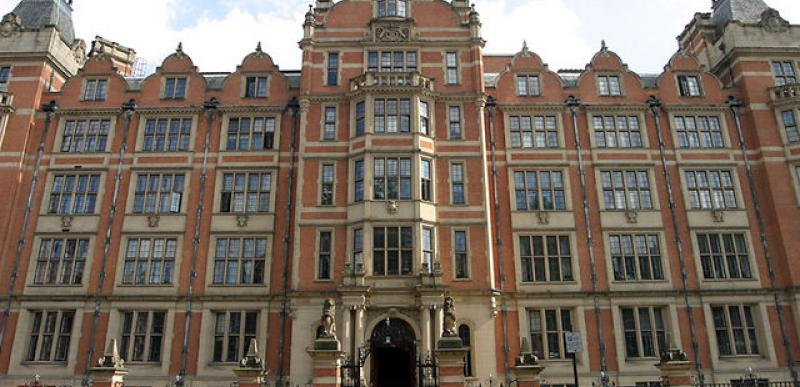 Fund an exchange student's scholarship at the London School of Economics!